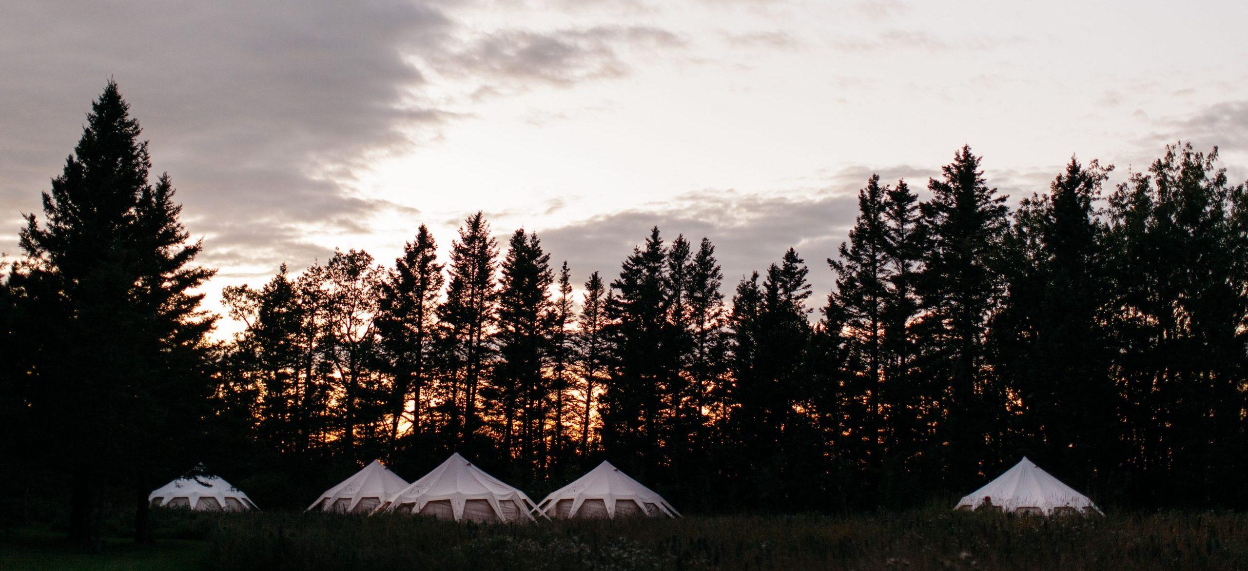 Valoriser le territoire québécois par l'hébergement nomade – Hôtel UNIQ